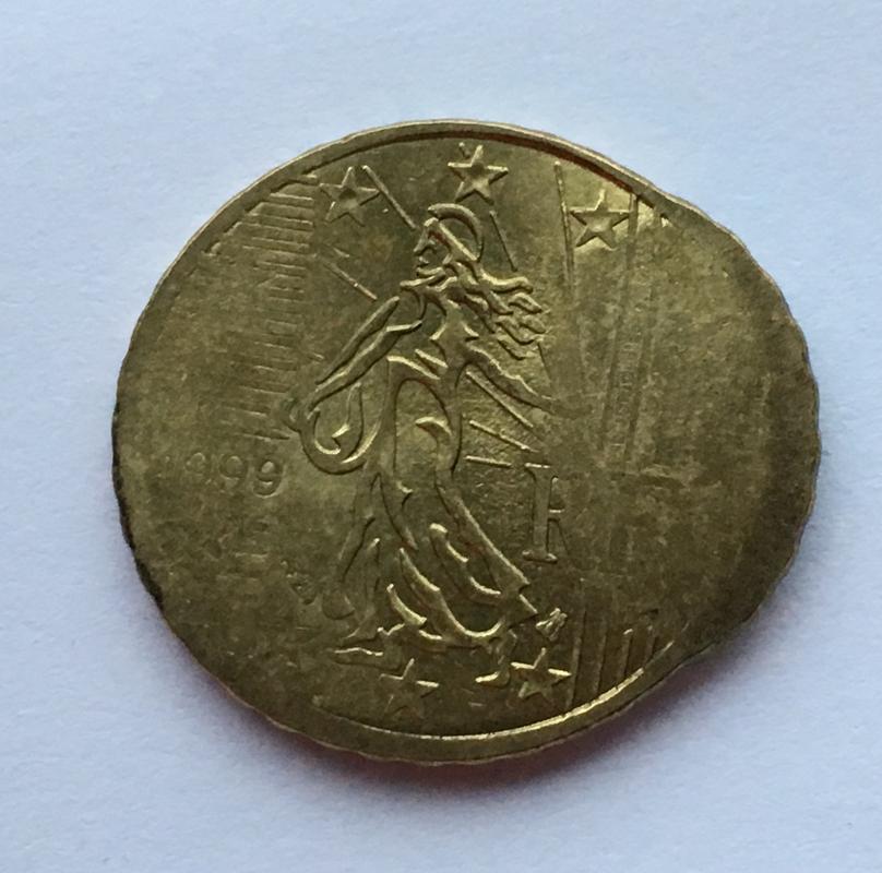 10 céntimos 1999. Francia. ¿Error o manipulación? 7943286_A-337_D-4_A57-_A764-246431_B2_CC69