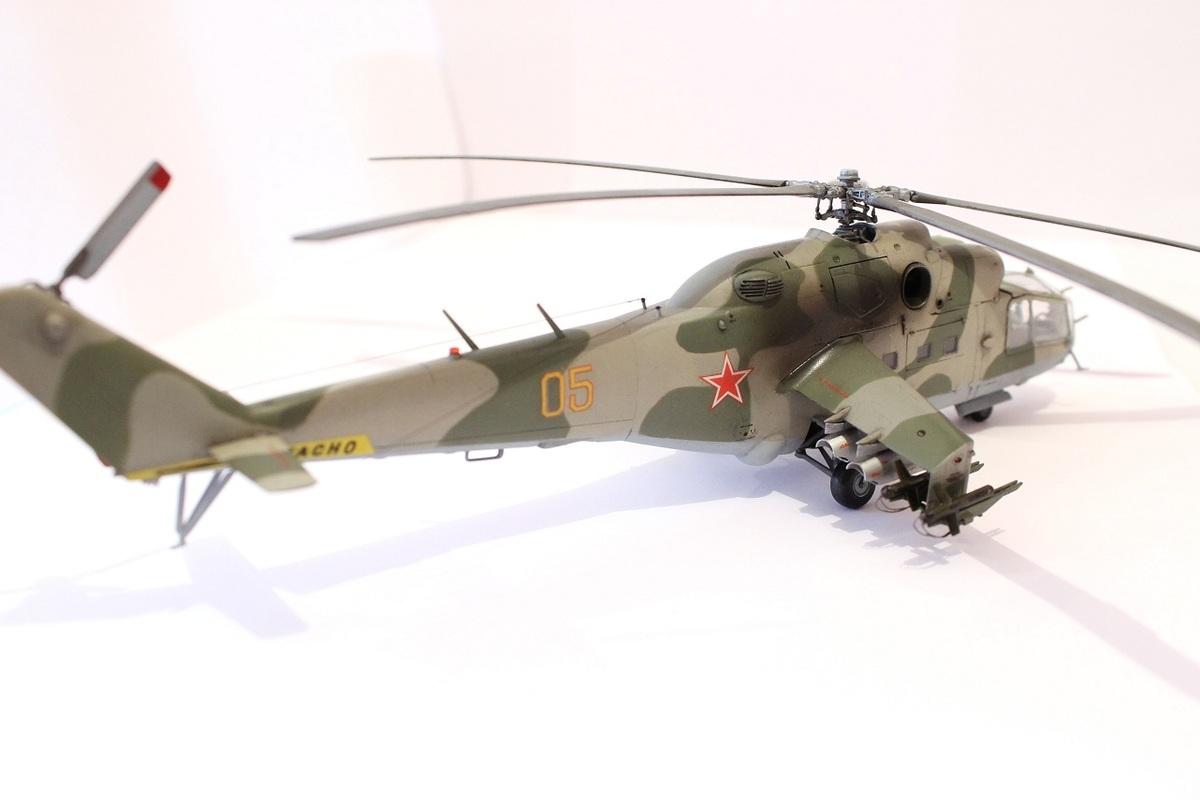 Ми-24А Звезда 1/72 - Страница 3 IMG_2200