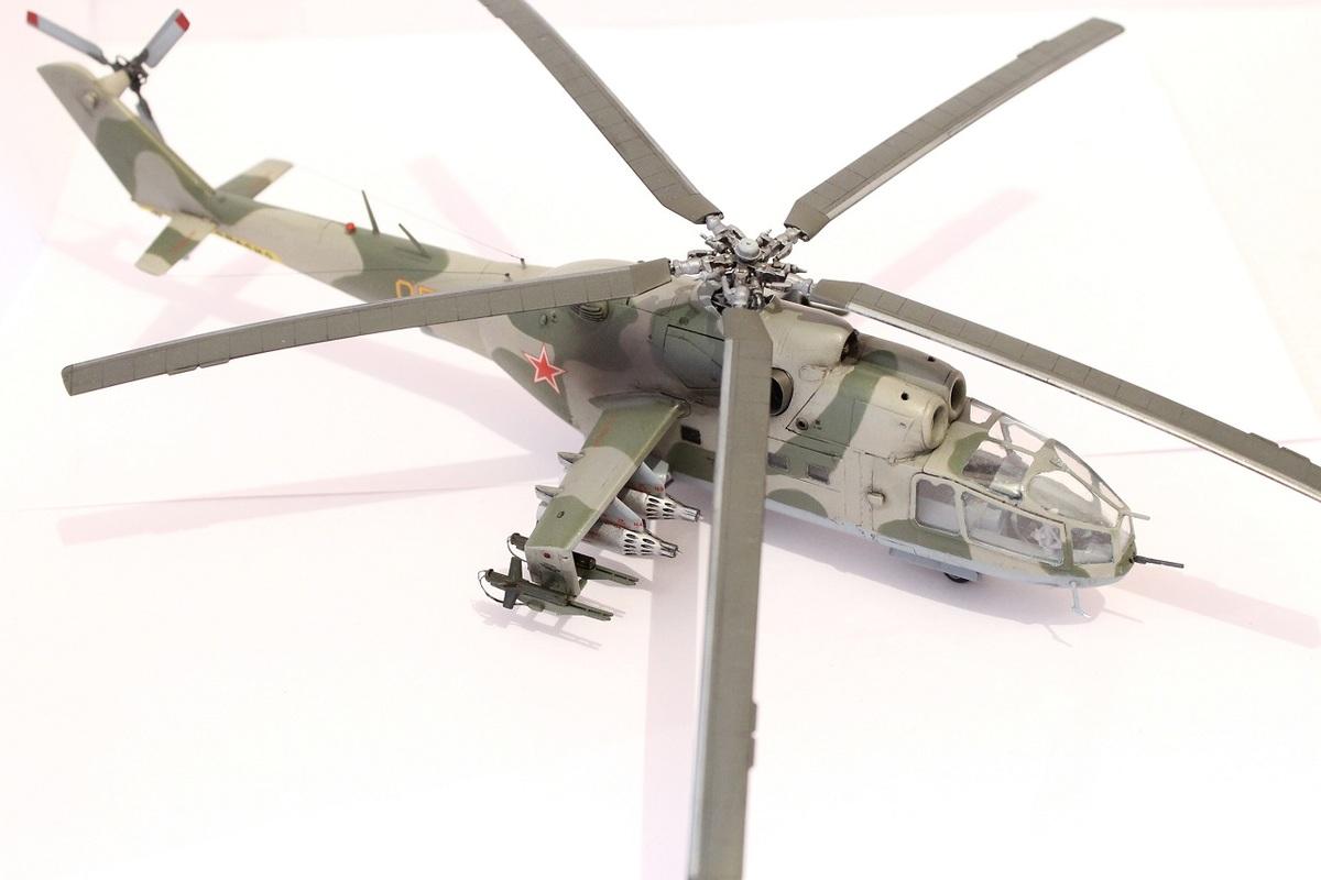 Ми-24А Звезда 1/72 - Страница 3 IMG_2190