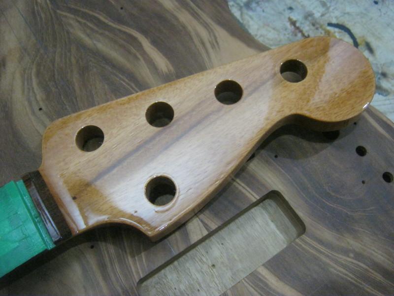 Precision Bass V IMG_3077