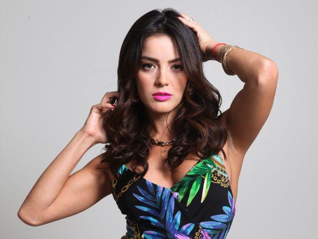 Daniela Navaro/დანიელა ნავარო - Page 3 31_WQ4_KG