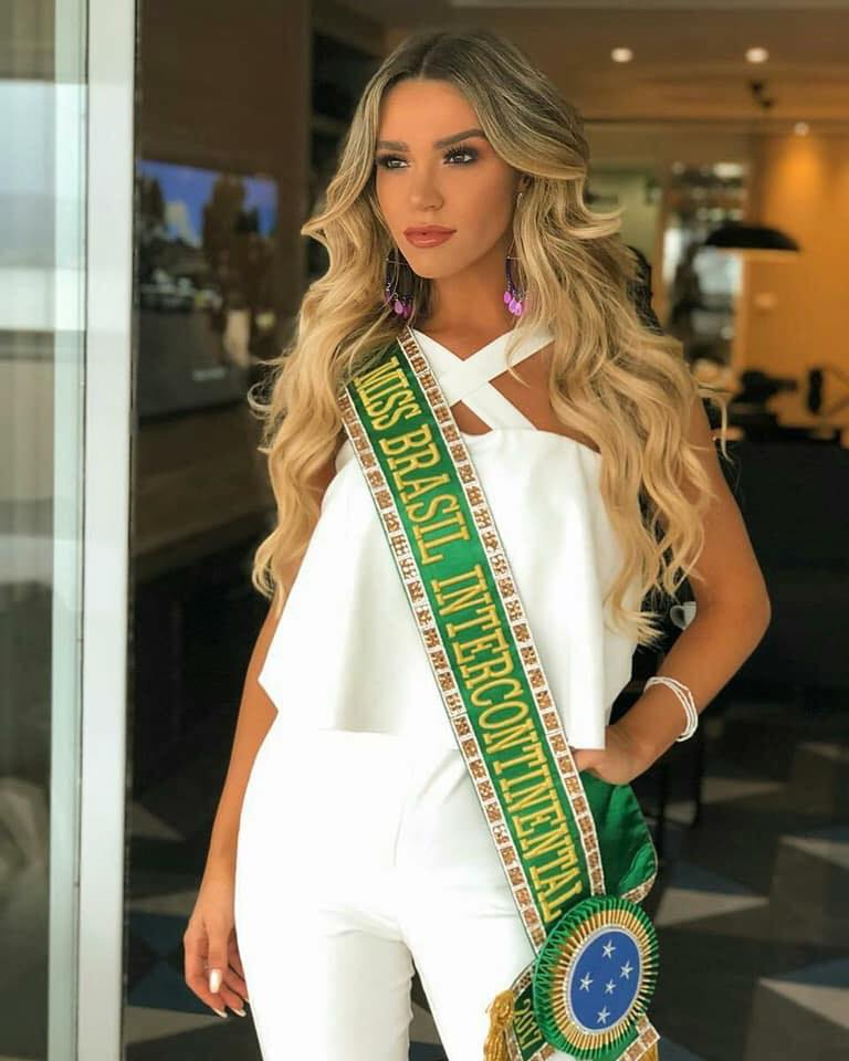 amanda cardoso, miss grand espirito santo 2019/3rd runner-up de miss intercontinental 2017. - Página 2 26231085_1906335462713299_3399915440394161944_n