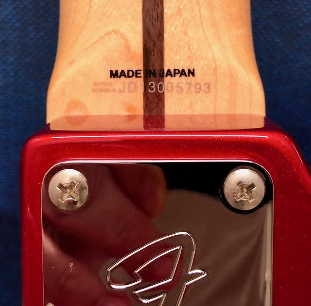 Fender Japan Standard ??? não acho serial  IMG_0184