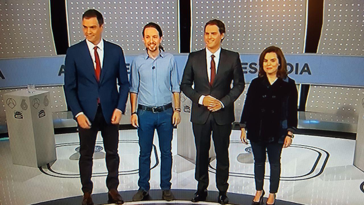 ¿Cuánto mide Pedro Sánchez? - Altura: 1,89 - Real height Buena3