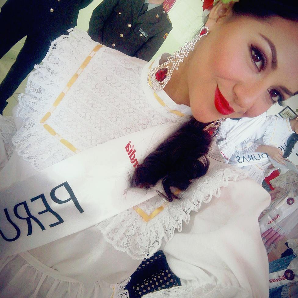 gabriela lambruschini, miss peru reyna internacional cafe 2018. 26071416_139102106778177_2402650055942078464_n