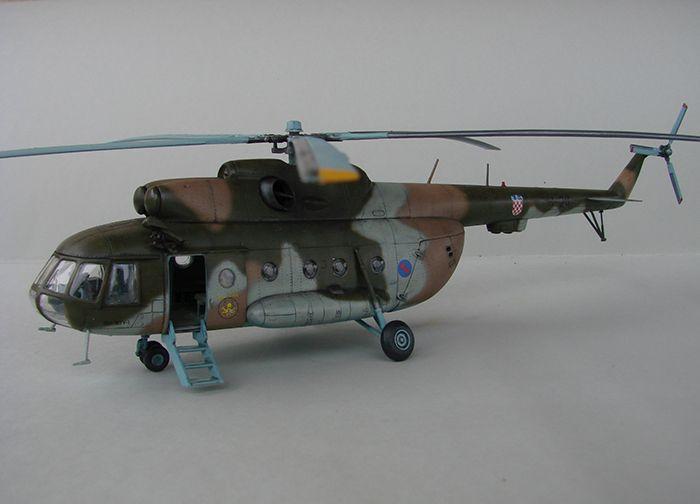 Mil Mi-8MTV-2 HRZ, Revell, 1/72 DSC04407