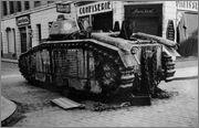 Камуфляж французских танков B1  и B1 bis Char_B_1_bis_76_Ouragan