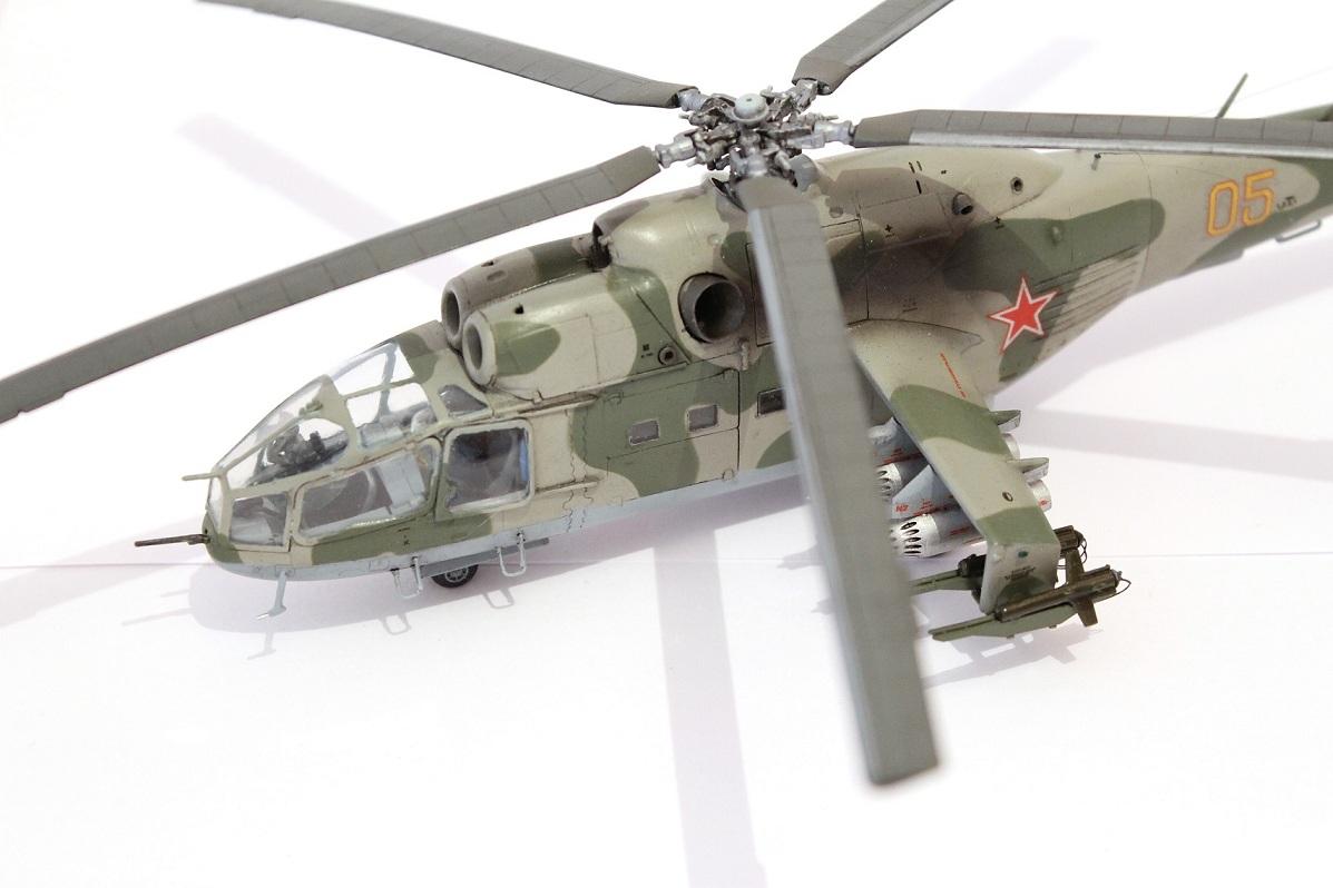 Ми-24А Звезда 1/72 - Страница 3 IMG_2187