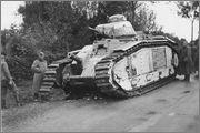 Камуфляж французских танков B1  и B1 bis Char_B_1_bis_77_Bourgueil