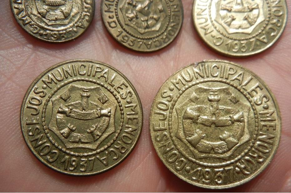 Serie completa de monedas acuñadas por los consejos municipales de Menorca. 1937. SC. Anverso_detalle