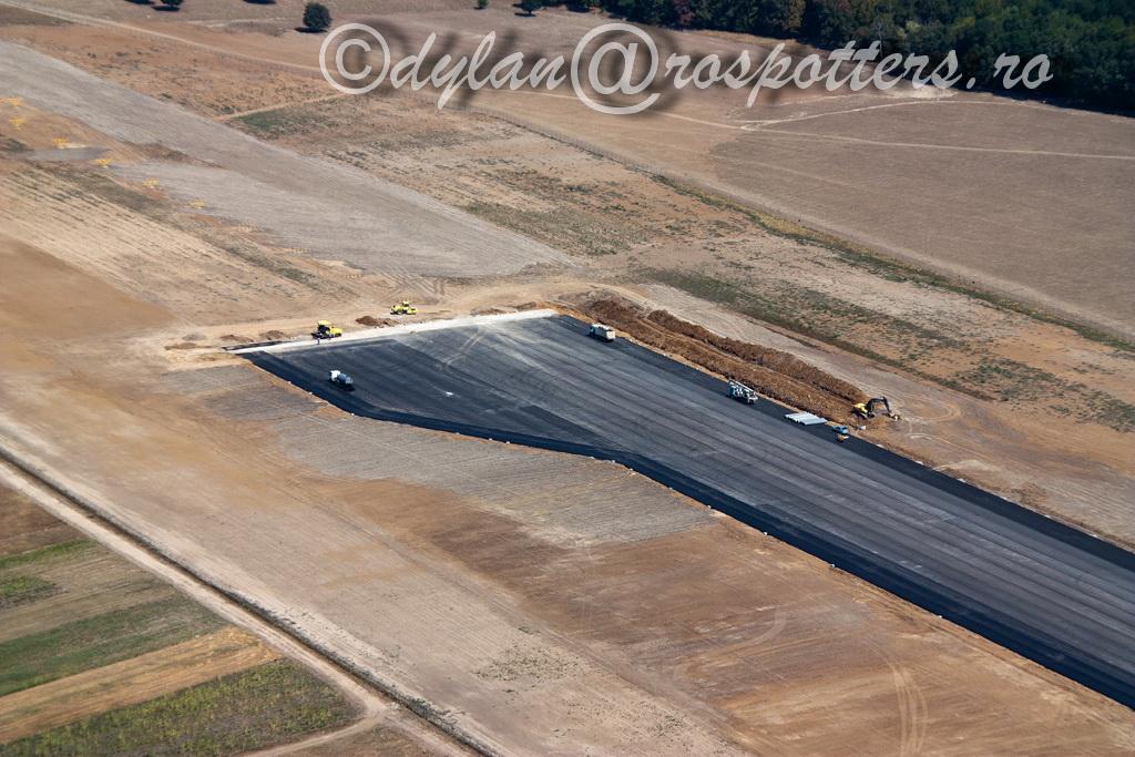 AEROPORTUL SUCEAVA (STEFAN CEL MARE) - Lucrari de modernizare - Pagina 4 IMG_2856