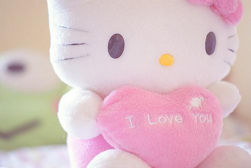 Hello Kitty various sizes :) Tumblr_lp42qafdd_P1r0q2jlo1_500