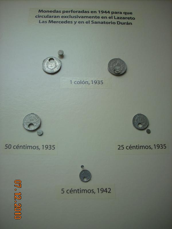 Monedas para TUBERCULOSOS Y LEPROSOS DSCN4608