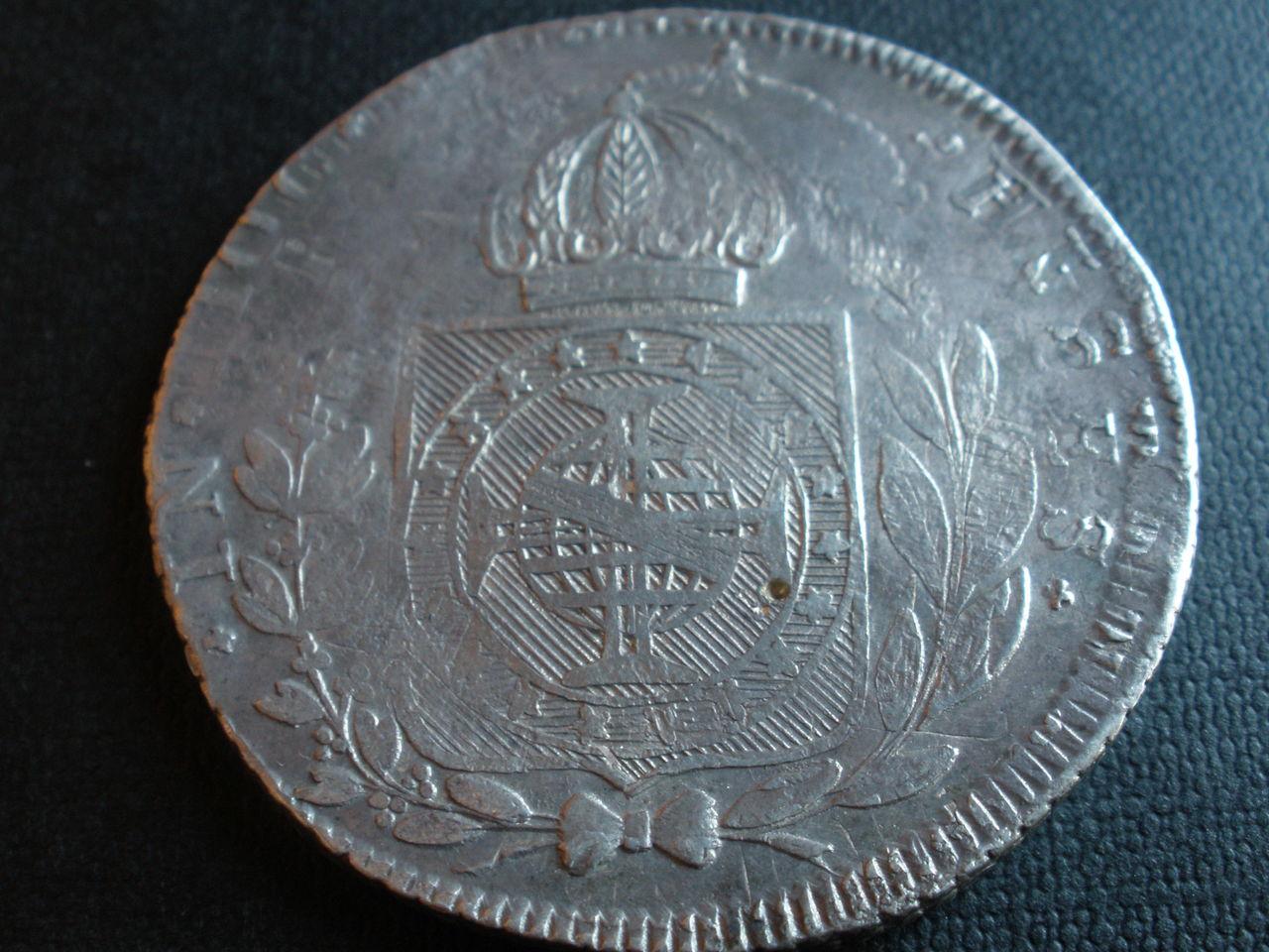 960 Reis Pedro II Brasil. Sobre 8 reales Fernando VII Moneda_13