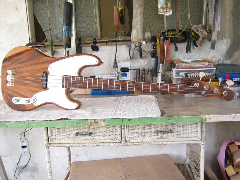 Precision Bass 51 - Finalizado. IMG_1457