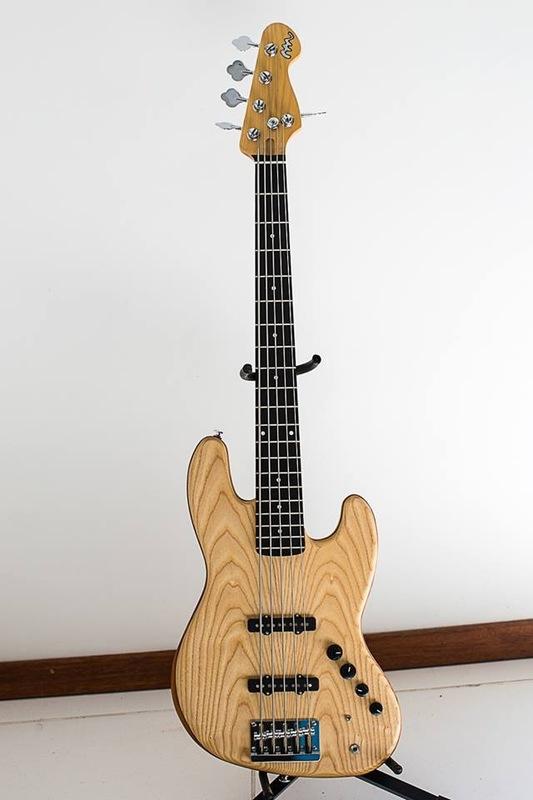 Projeto Jazz Bass 5 cordas M. Laghus - Página 2 IMG_1393