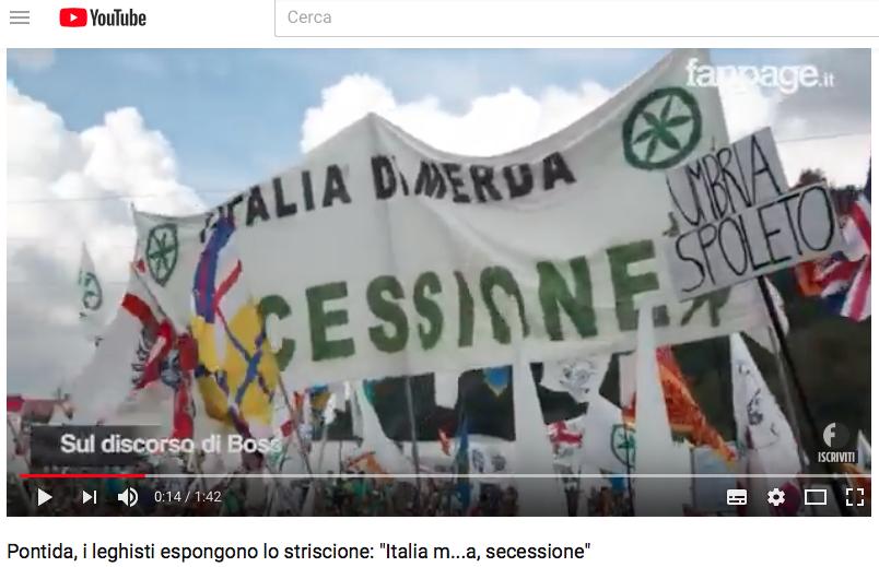 Non avrò pace fin che campo se non ci si sbarazza di Matteo Salvini Striscione_della_Lega_a_Pontida