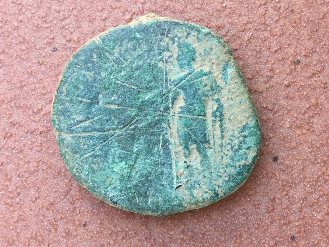 Sestercio de Marco Aurelio. RESTITVTORI ITALIAE IMP VI COS III /S C IMG_0006