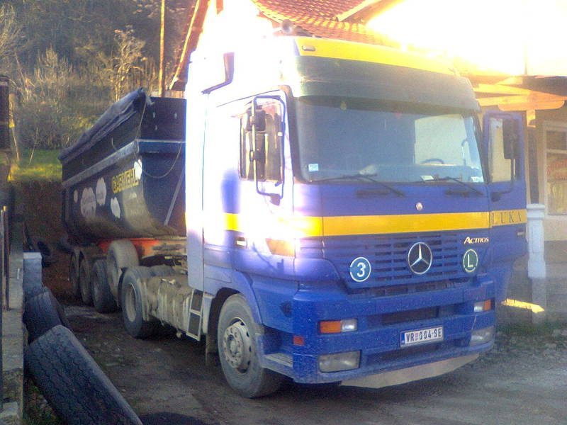 Actros Mp1 - Page 15 Photo0192