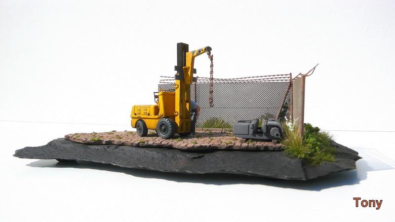 Fork-lift truck DESTA BVH 1521/1522 - Small Models P1000403_zpsywblozbd.jpg_original