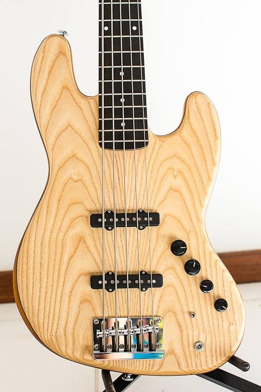 Projeto Jazz Bass 5 cordas M. Laghus - Página 2 IMG_1395