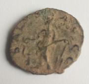Antoniniano de Tétrico. SALVS AVGG. Salus estante a izq. Trier. 15a