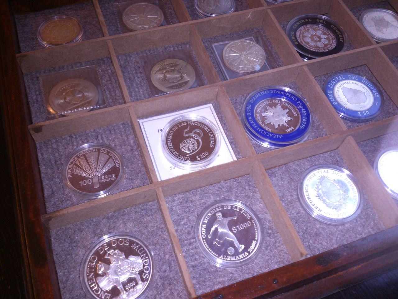 Monedas conmemorativas de Uruguay acuñadas en plata 1961 - Presente. IMG_20150905_WA0008