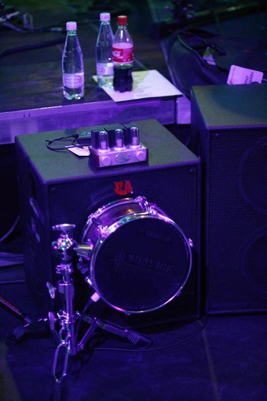Euphonic Audio with a Yamaha sub kick as the mic. 1456759_10152395037588625_1693779996_n
