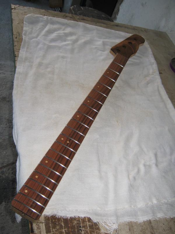 Precision Bass 51 - Finalizado. IMG_1443