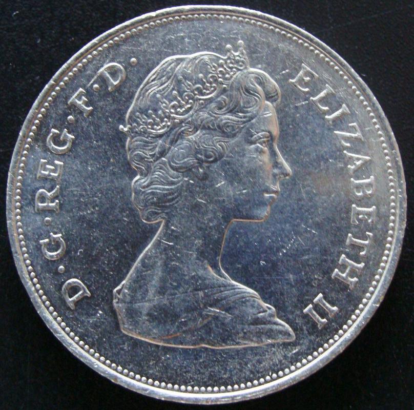 1 Corona (25 peniques). Reino Unido (1980) 80 Cumpleaños de la Reina Madre GBR._1_Corona_80_Cumplea_os_Reina_Madre_-_anv