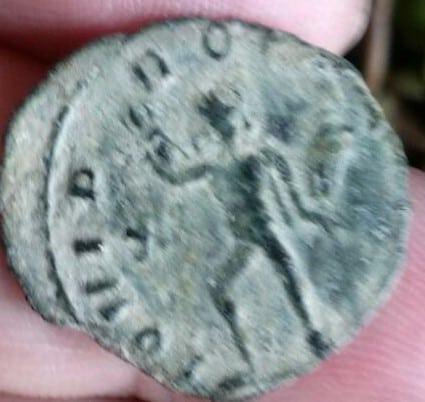 Antoniniano híbrido con A/ Claudio II y R/ de Galieno, IOVI PROPVGNAT con Júpiter lanzando rayos a dcha. Ceca Roma. 4e30bbbc_6bc2_47b8_8be1_b5c705de4790_2