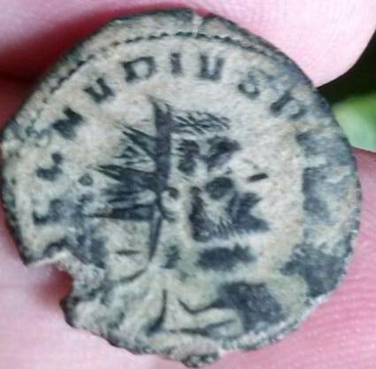 Antoniniano híbrido con A/ Claudio II y R/ de Galieno, IOVI PROPVGNAT con Júpiter lanzando rayos a dcha. Ceca Roma. A189fb3c_5a7e_417c_9fd6_5f6ca9309f25_2