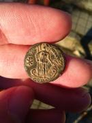 AE4 conmemorativa de Constantinopolis. Victoria sobre proa de nave. Ceca Arles. IMG_20161108_085201