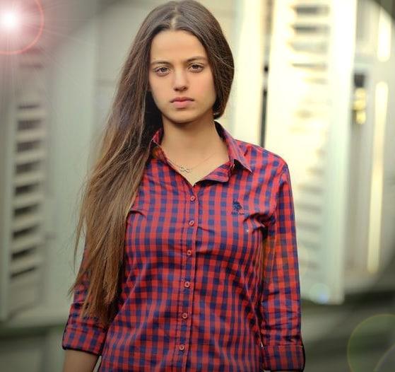 სხვადასხვა დროის საუკეთესო მსახიობები! - Page 10 Leyla_Tanlar_1