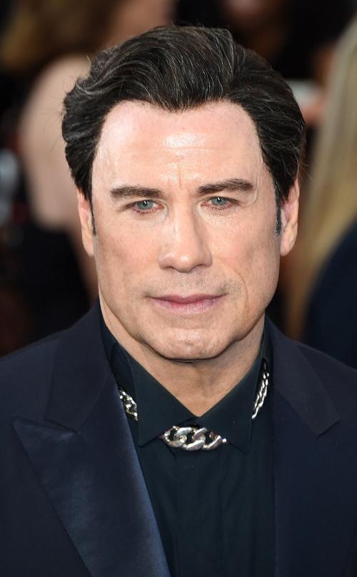 John Travolta Rs_634x1024_150222213607_634_John_Travolta_Acade