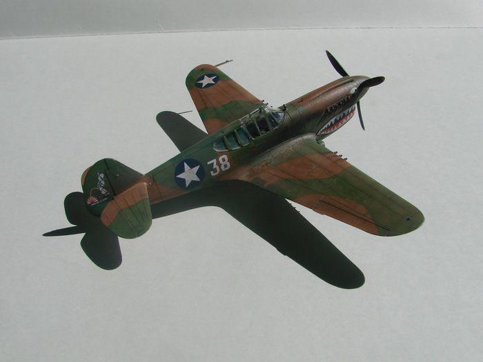 P-40E, Hobby Boss, 1/72 DSC03360