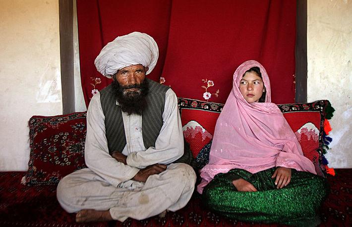 La Guerre des Images contre Islam Hoax_xhiled_mariage_islam