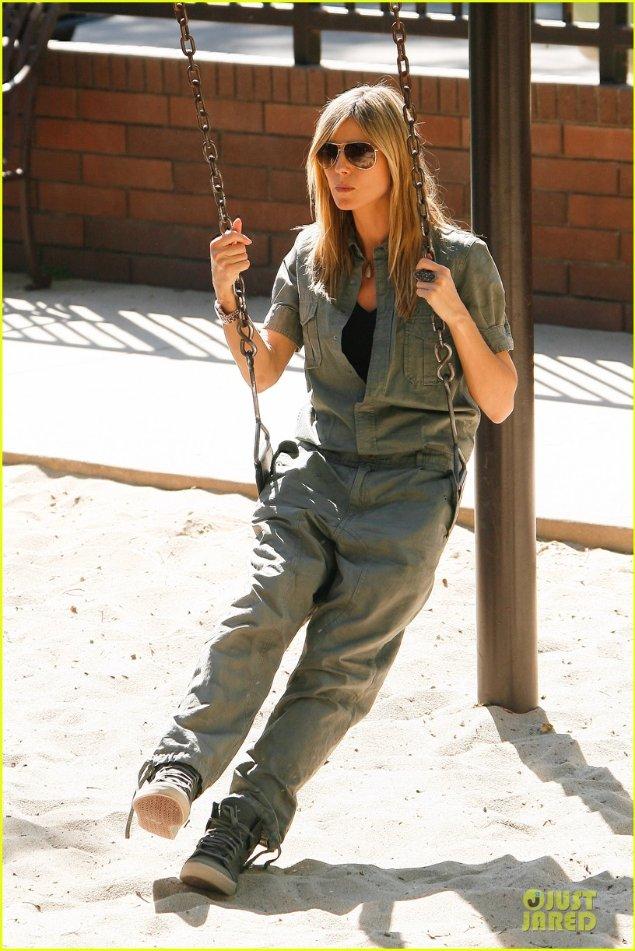 Heidi Klum  - Страница 3 D5df40772cbe