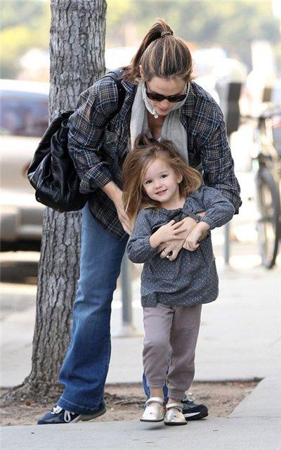 Ben Affleck and Jennifer Garner 22b6d30b2b98