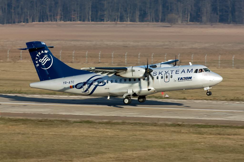 Aeroportul Suceava (Stefan Cel Mare) - Decembrie 2013  IMG_4688