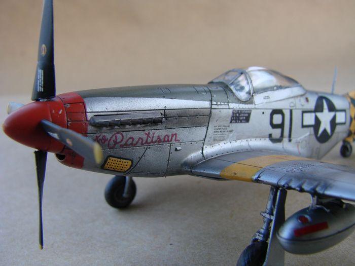 Mustang x2 P-51B Revell & P-51D Tamiya, 1/72 DSC09781