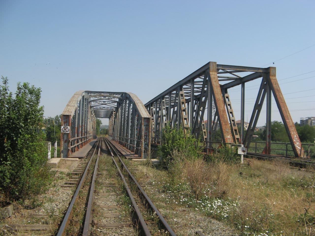 Calea ferată directă Oradea Vest - Episcopia Bihor IMG_0013