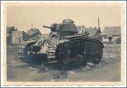 Камуфляж французских танков B1  и B1 bis Char_B_1_bis_304_Glorieux