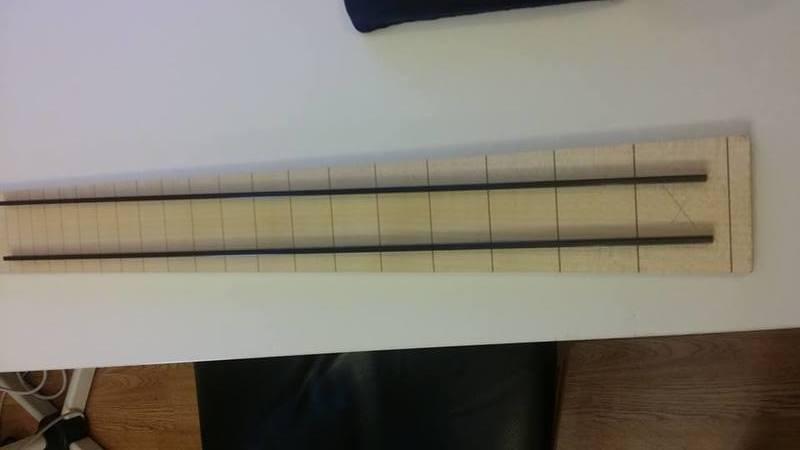 Construção caseira (amadora)- Bass Single cut 5 strings - Página 2 11824044_10153558163879874_1967009369_n_1