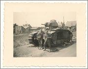 Камуфляж французских танков B1  и B1 bis Char_B_1_bis_303_Glorieux