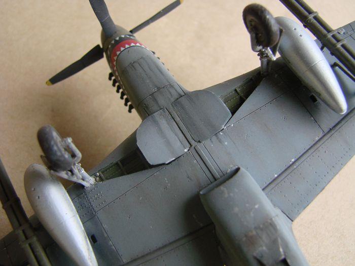 P-51 Mustang, Academy i P-51B Mustang (rebuild) Revell, 1/72 DSC02581
