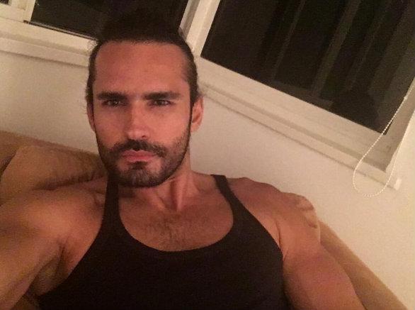 Fabian Rios/ფაბიან რიოსი - Page 5 Bcuyhb