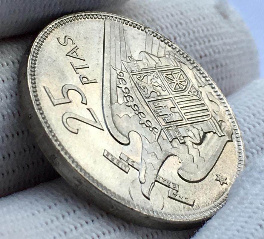 25 pesetas 1957 (*67). Estado Español. Opinión IMG_8312