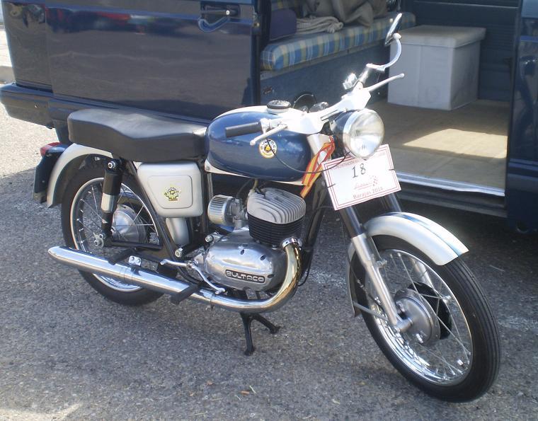 CLASSIC MOTOR SHOW Alcalá de Henares 2ºs domingos de mes - Página 2 Dehesa0914_25