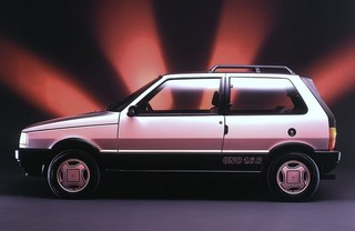 Auto Storiche in Brasile - FIAT Uno_1_6_R_1990_Etanolo_o_Benzina